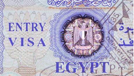 Egipt otwiera granice i zawiesza opłaty wizowe dla turystów