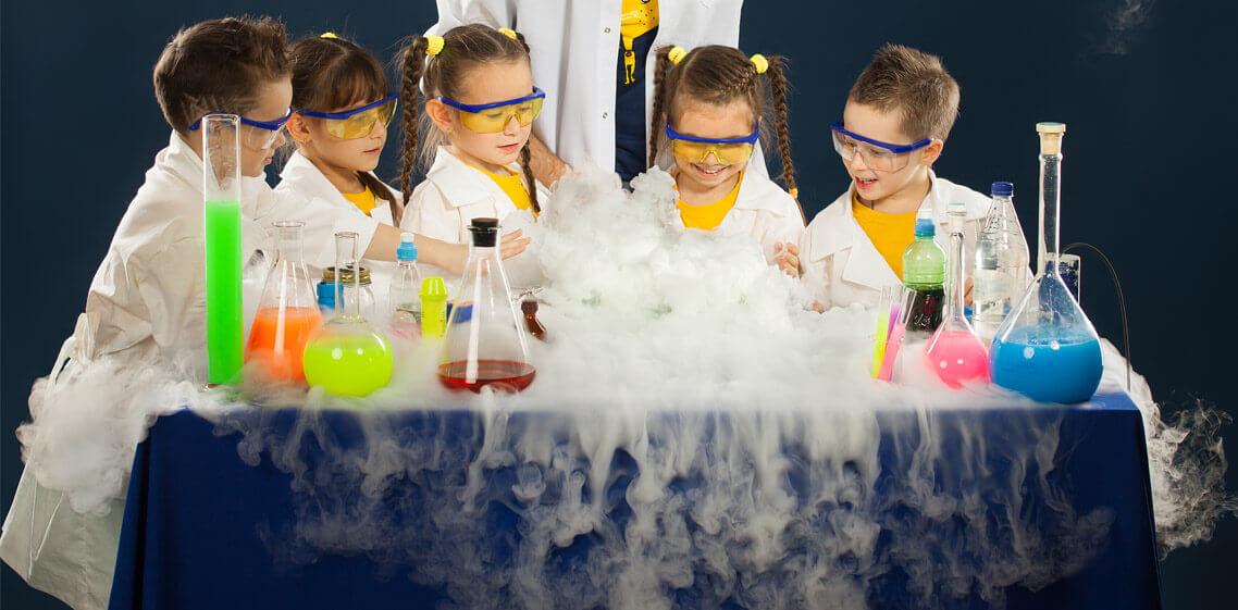 Zapraszamy do Deli Parku na pokazy chemiczne! Już w najbliższy weekend (4.07- 5.07)