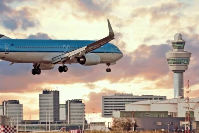 Amsterdam prosto z Poznania liniami KLM – 5 dni w tygodniu! Już od 25 października !!!!